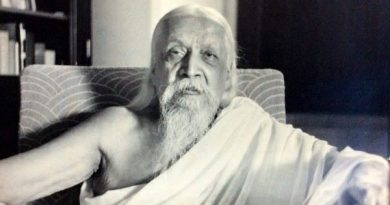 Sri Aurobindo in his own room